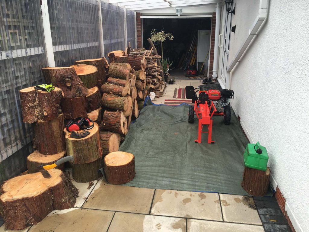 Tree Surgeon Log Splitting Service